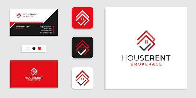 Dom ze znakiem listy kontrolnej, logo wynajmu domu i szablonem projektu wizytówki