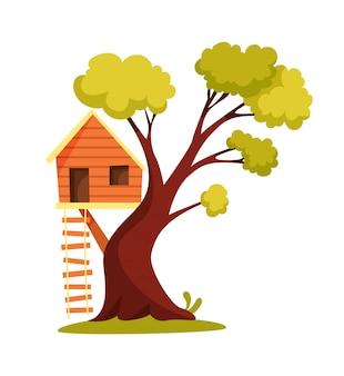 Domek na drzewie. plac zabaw dla dzieci z huśtawką i drabiną