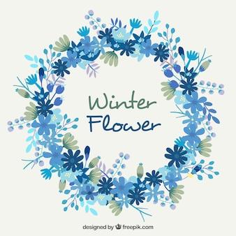 Dość wieniec kwiatów w niebieskich kolorach