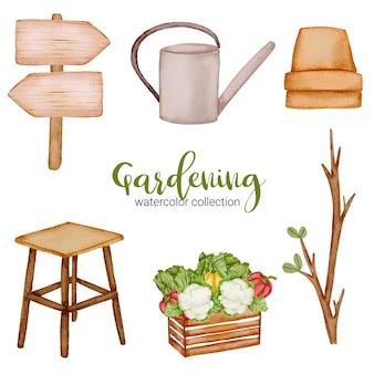 Drewniane, baner, konewka, gałązka i wiaderko warzywne, zestaw przedmiotów ogrodniczych w stylu przypominającym akwarele o tematyce ogrodowej.
