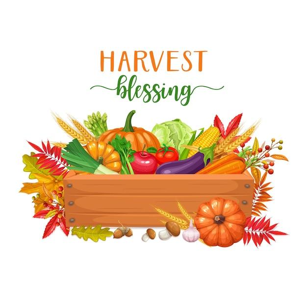 Drewniane pudełko z warzywami, jesienne zbiory. sezonowa jesień ilustracja z jesiennymi liśćmi klonu, kapusty, kukurydzy i dyni.