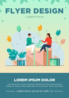 Drobni ludzie siedzący na pudełku prezentowym. balon, zabawa, urodziny ilustracji wektorowych płaski. koncepcja uroczystości i wakacji