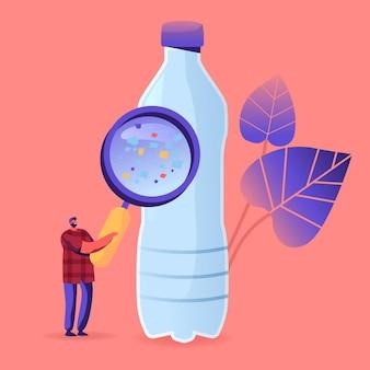Drobny męski charakter z ogromnym szkłem powiększającym patrząc na butelkę z kawałkami mikroplastiku unoszącą się w wodzie pitnej. ilustracja kreskówka