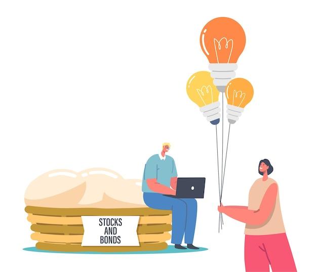 Drobny mężczyzna z laptopem usiądź na ogromnym koszu z jajkami i napisami, akcje i obligacje, kobieta z garścią żarówek