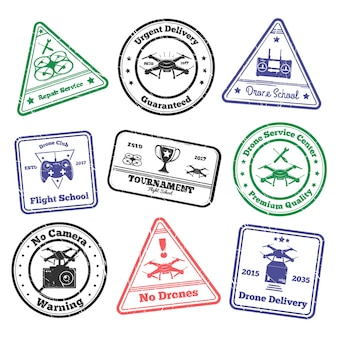 Drone grunge stamps zestaw kolorowych znaczków pocztowych z obrazami bezzałogowego latającego pojazdu i ilustracji wektorowych tekstu