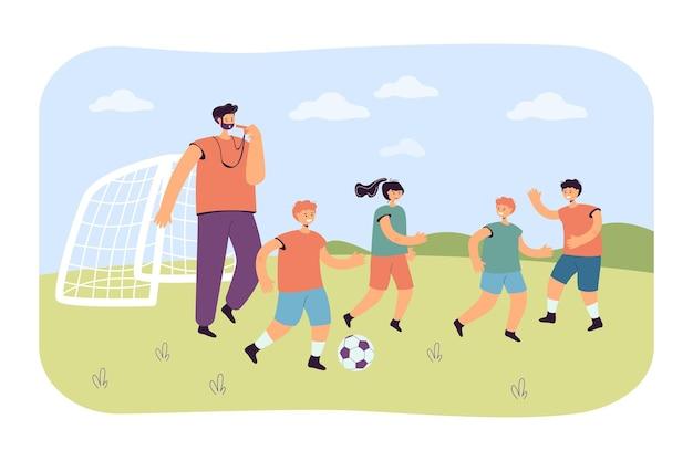 Drużyna małych piłkarzy z trenerem. płaska ilustracja