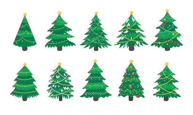 Drzewko świąteczne. sosna ozdobiona kolorowymi lampkami z okazji bożego narodzenia.