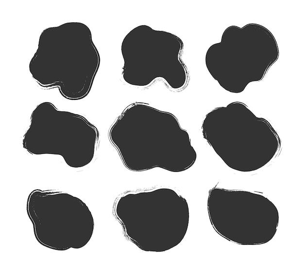 Duży zbiór czarnej farby, pociągnięcia pędzlem tuszem, pędzle, linie, nieczysty na białym tle. rozpryski atramentu. okrągłe elementy projektu grunge. brudne banery tekstury.