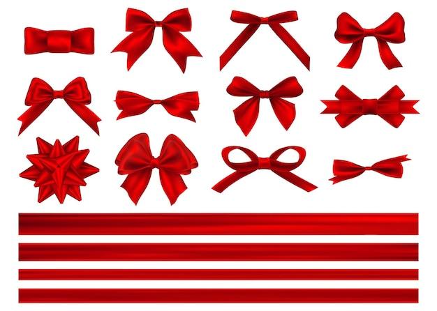 Duży zestaw czerwonych kokardek prezentowych ze wstążkami. dekoracyjna czerwona kokarda z poziomą czerwoną wstążką na białym tle.