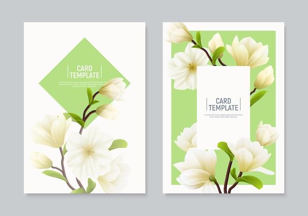Dwa pionowe kolorowe realistyczne banery lub ulotki z kwiatami magnolii z miejscami na tekst i ilustrację nagłówka