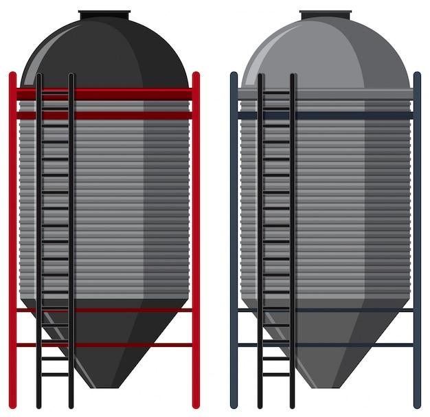 Dwa silosy z drabinkami