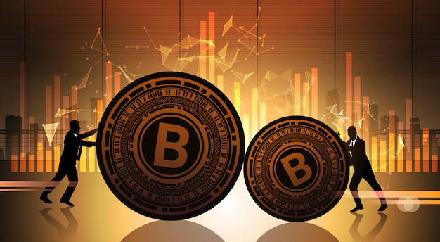 Dwóch biznesmenów push bitcoin ponad wykresów danych statystycznych koncepcja crypto currency digital web money