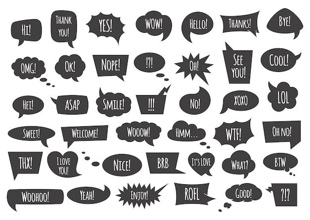 Dymek z frazami i słowami rozmowy na białym tle ilustracji. czarne komiczne bąbelki i balony o różnych kształtach z frazami mowy i myśli. zestaw pól tekstowych.