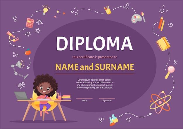 Dyplom online dla dzieci w przedszkolu lub podstawówce z uroczą czarną dziewczyną z ciemnymi kręconymi włosami, odrabiającą pracę domową na tle z ręcznie rysowanymi elementami. ilustracja kreskówka