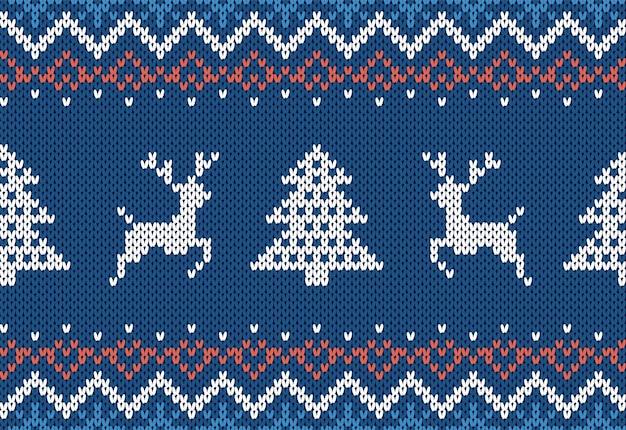Dzianinowy nadruk z choinką i jeleniami. niebieski wzór boże narodzenie. świąteczna dzianinowa granica