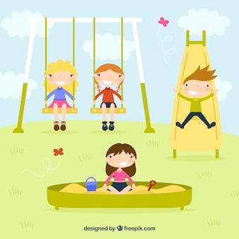 Dzieci bawiące się w parku