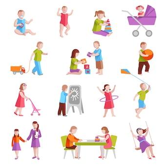 Dzieci bawiące się w pomieszczeniu i poza płaskie znaki ustawić ilustracji wektorowych na białym tle