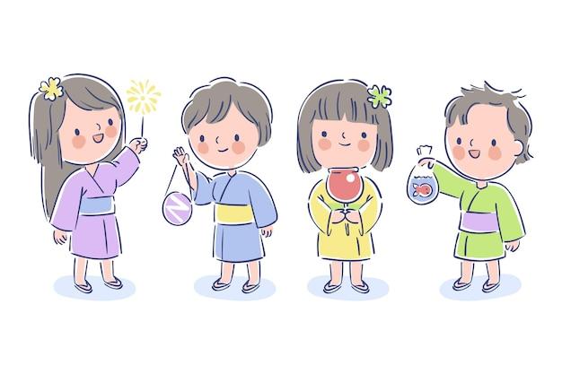 Dzieci cieszą się letnim festiwalem matsuri