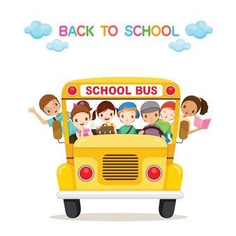 Dzieci korzystają z autobusu szkolnego, uczeń z powrotem do szkoły