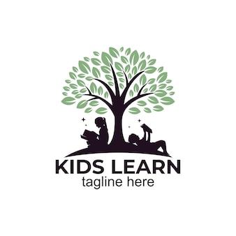 Dzieci uczą się ikony logo