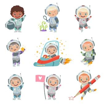 Dzieci w kosmosie. dziecięcy astronauci mają zabawne postacie w kosmicznym kosmonaucie