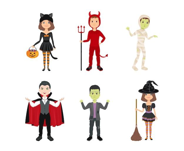 Dzieci w kostiumach na halloween na białym tle