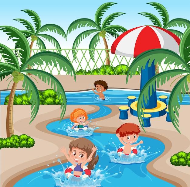 Dzieci w parku wodnym