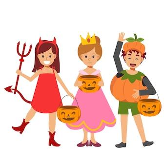 Dzieci w różnych kostiumach na halloween są mile widziane. cukierek albo psikus. dyniowy chłopiec, księżniczka, czerwona diabełka.
