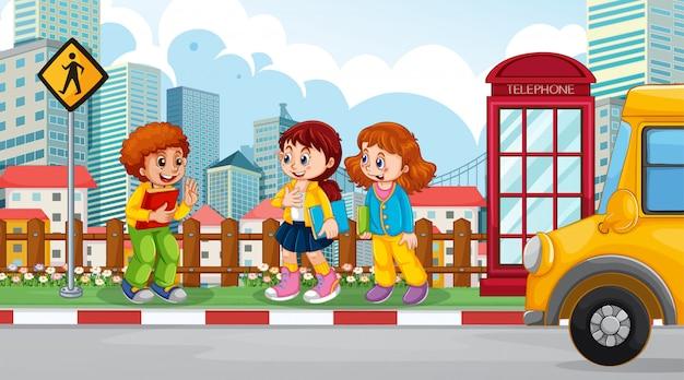 Dzieci w scenie ulicznej