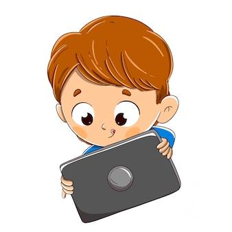 Dziecko bawi się tabletem lub surfuje po internecie