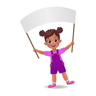 Dziecko dziewczynka trzymając pustą flagę
