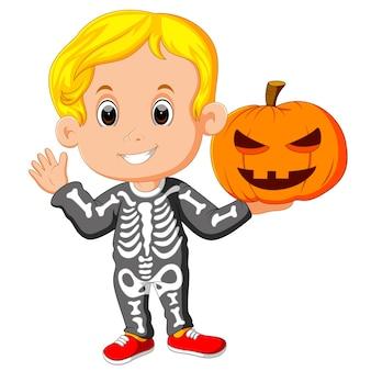 Dziecko z kostium halloween szkielet