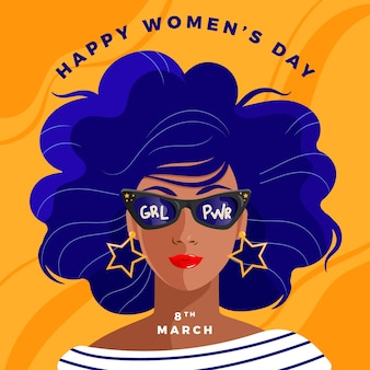 Dzień kobiet z kobietą w okularach przeciwsłonecznych