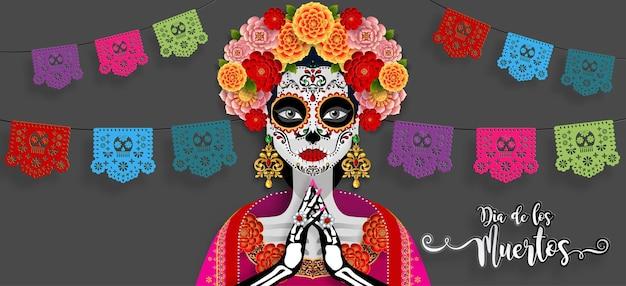 Dzień zmarłych, dia de los muertos, czaszka cukru z wieniec kwiatów nagietka na papierze czarny kolor tła.