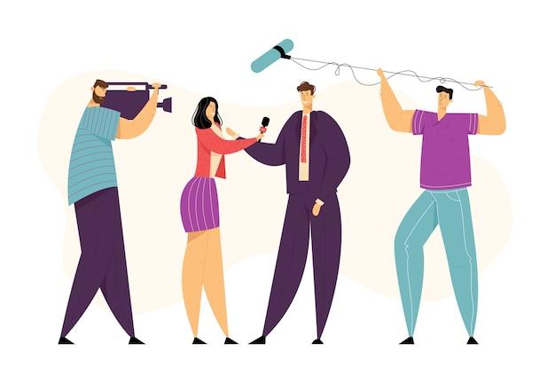 Dziennikarz telewizyjny robi raport. kobieta wiadomości reporter postać wywiadu. koncepcja transmisji w mediach masowych z kamerzystą.