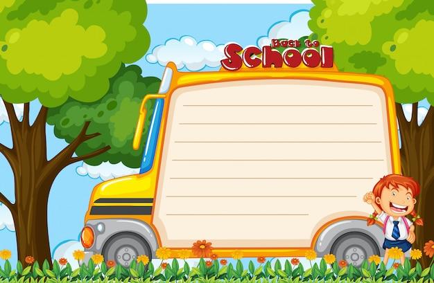 Dziewczyna na notatce autobusu szkolnego