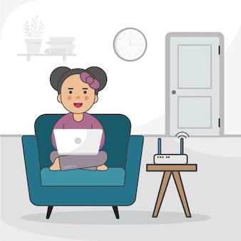 Dziewczyna studiuje na laptopie w domu