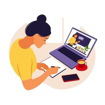 Dziewczyna studiuje przy komputerze. koncepcja uczenia się online. lekcja wideo. badanie na odległość. można używać do banerów internetowych, infografik, obrazów bohaterów. płaski styl.