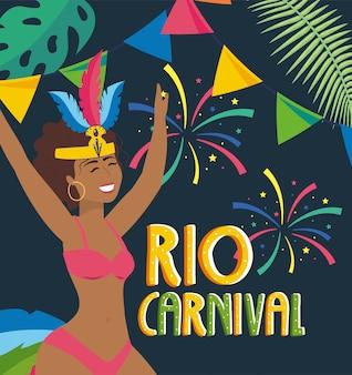 Dziewczyna tancerz z fajerwerkami i partyjnym rio karnawałem