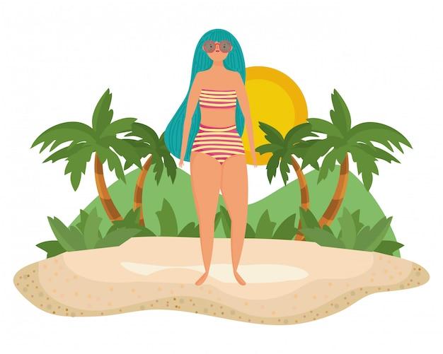 Dziewczyna z stroje kąpielowe lato