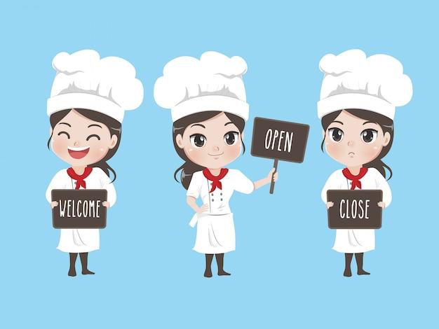 Dziewczynka-kucharz trzyma oznakowanie i uśmiecha się do kawiarni z maskotkami,