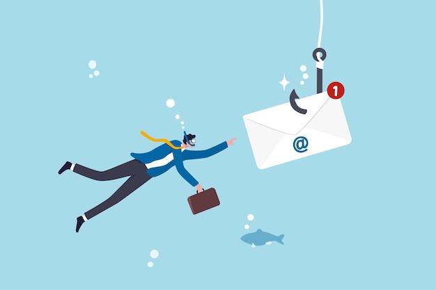 E-maile phishingowe, oszustwa lub scam oferują fałszywy login lub hasło do kradzieży danych osobowych, koncepcję przestępczości online, chciwy biznesmen nurkujący pod wodą, aby złapać kopertę e-mail z haczykiem wędkarskim