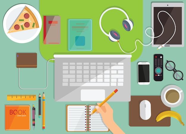 Edukacja online, kształcenie na odległość, miejsce pracy z monitorem, książki, notatnik, ołówek. widok z góry