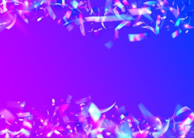 Efekt opalizujący. konfetti z hologramem. błyszczący pryzmat. różowa metalowa tekstura. świecidełko z kalejdoskopu. retro streszczenie gradientu. surrealistyczna folia. sztuka glamour. fioletowy efekt opalizujący