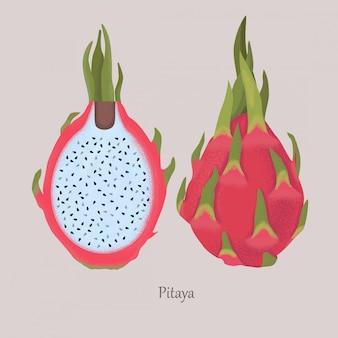 Egzotyczne owoce pitaya z białą miazgą i czarnymi nasionami.