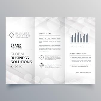 Elegancka, biała trójwarstwowa broszura zaprojektowana dla twojej firmy