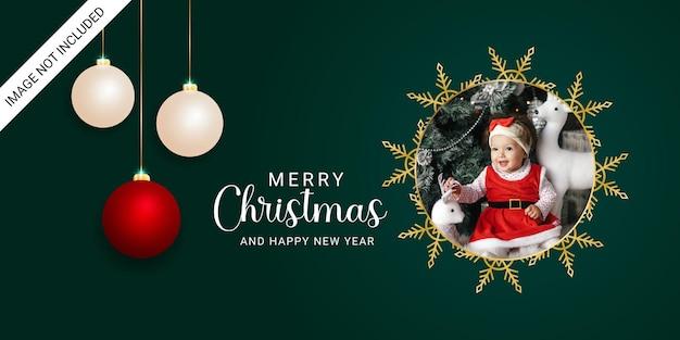 Elegancki baner świąteczny ramka na zdjęcia złote płatki śniegu złote okrągłe swobodne bombki świąteczne lampki świąteczne