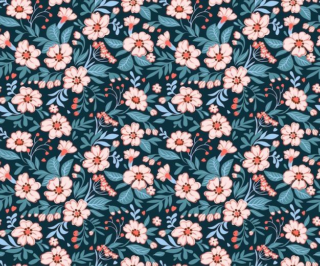 Elegancki kwiatowy wzór w mały różowy kwiat. styl liberty. kwiatowy bezszwowe tło dla wydruków mody. drobny nadruk. tekstura. wiosenny bukiet.
