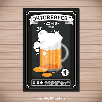 Elegancki plakat oktoberfest z kieliszkiem do piwa