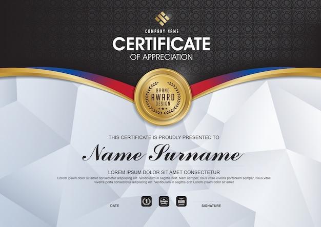 Elegancki szablon certyfikatu ze złotymi detalami